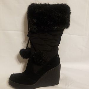 """Report """"Starla"""" wedge boots in black, size 7 1/2"""